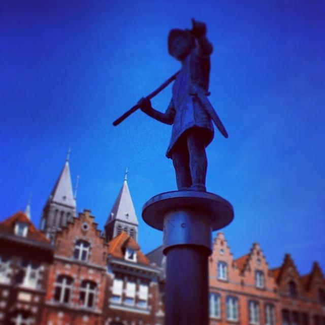 A #Tournai ... Suivez le guide